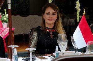 Gaby Spanic fue la invitada VIP en celebración de Indonesia