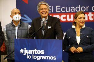 Lasso hará una «amplia regularización» de la migración venezolana en Ecuador
