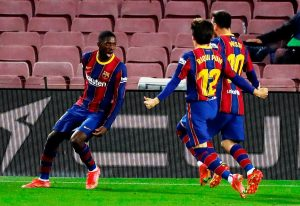 Ousmane Dembélé da un triunfo agónico al Barcelona ante el Valladolid