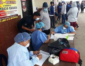 #Zulia | Continúa la aplicación de pruebas diagnóstica para la COVID-19 a personas que ingresan por Paraguachón