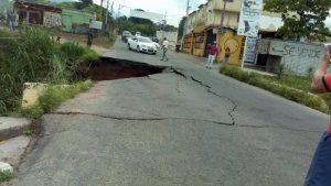 Colapsó puente que conecta varias localidades en Táchira