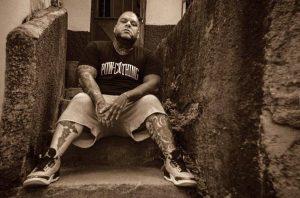 «Budú» vuelve a sus raíces musicales con el lanzamiento de su disco «Te lo digo a mi manera»