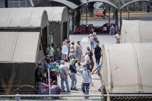Venezuela cierra una semana negra con 142 muertos por la COVID-19