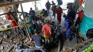 Recuperan cadáveres de 11 mineros colombianos que estaban atrapados en mina de oro