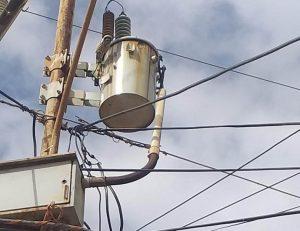 Habitantes del Barrio Eloy Parraga Villamarin  en el municipio San Francisco llevan nueve días sin electricidad