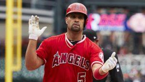 Albert Pujols fue despedido por los Angelinos de los Ángeles en las grandes ligas