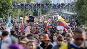 Colombia sigue sumergida en paro