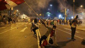 Murió estudiante colombiano herido de bala en una de las protestas que se llevan a cabo en el país