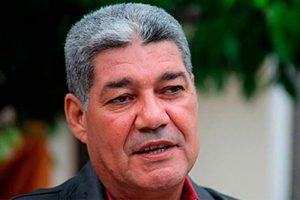 #Venezuela | Eduardo Piñate asume el ministerio de educación en sustitución de Aristóbulo Istúriz