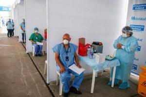 Perú aplica vacuna contra la COVID-19  a más de seis mil migrantes venezolanos