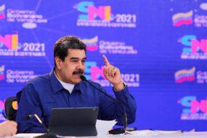 Maduro espera retorno a las aulas en periodo 2021-2022