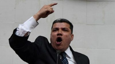 Luis Parra es designado jefe de la fracción parlamentaria Alianza Democrática de la Asamblea Nacional