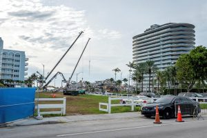 Sube a 94 la cifra de muertos en derrumbe de edificio en Miami-Dade