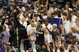 #NBA | Milwaukee Bucks consiguen su primer título en cincuenta años