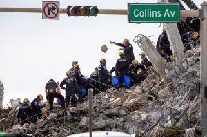 Terminan labores de rescate en edificio derrumbado en EE.UU., con nuevo balance de 60 muertos