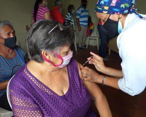 #Zulia   Arrancó en Lossada aplicación de segunda dosis del Plan Nacional de Vacunación Anticovid