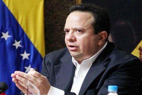 Nicolás Maduro encomienda a nuevo ministro fortalecer y garantizar el acceso al agua