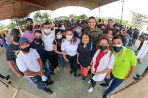 Gobernación del Zulia censo a 2.500 jóvenes de San Francisco para acceder al pasaje estudiantil preferencial