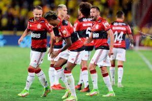 Bruno Henrique pone a Flamengo en la final de la Copa Libertadores