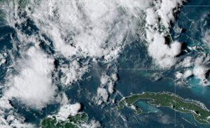 La tormenta tropical Mindy muy cerca de tocar tierra en noroeste de Florida