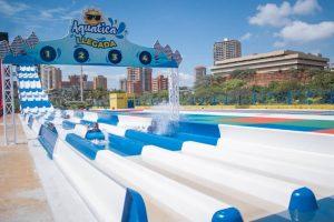 El parque de agua «Aquatica» abrió sus puertas en la Vereda del Lago