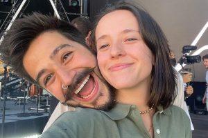 Camilo y Evaluna Montaner anuncian en un video musical que van a ser papás