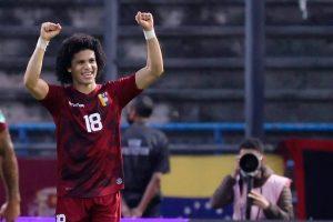 Bello celebra la «alegría enorme» de la victoria frente a Ecuador